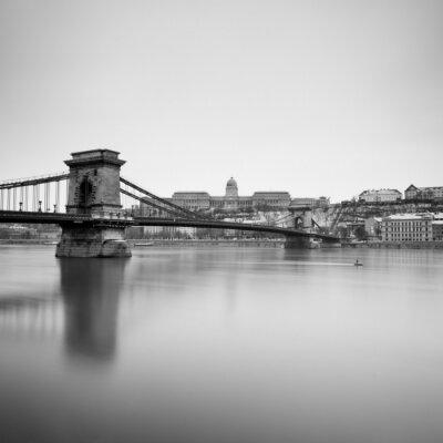 Image hiver sombre des monuments hongrois,