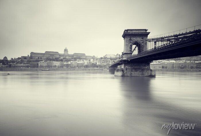 Posters Image hiver sombre des monuments hongrois,