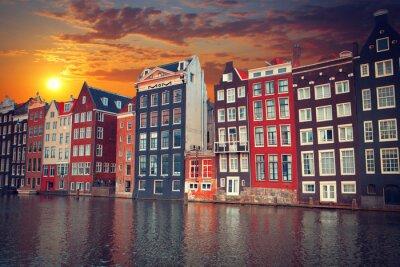 Posters L'une des villes européennes les plus célèbres d'Amsterdam. La capitale o