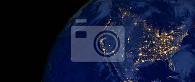 Posters Les États-Unis d'Amérique s'allument pendant la nuit, comme ils semblent depuis l'espace. Les éléments de cette image sont fournis par la NASA