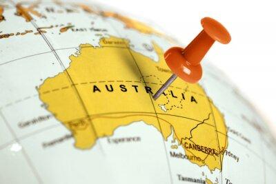 Posters Lieu Australie. Broche rouge sur la carte.
