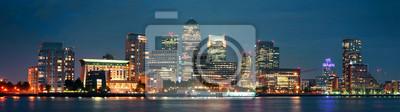 London Canary Wharf dans la nuit
