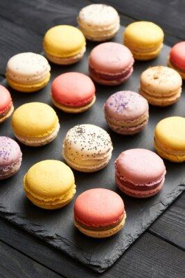 Posters Macarons aux desserts délicieux français