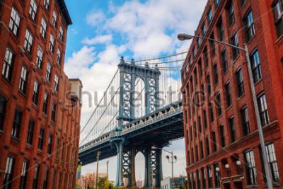 Posters Manhattan Bridge seen from Dumbo, Brooklyn, New York City