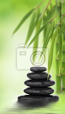 Massage de pierres empilées et design en bambou