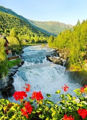 Posters Matin dessus de la rivière Bovra en Norvège.