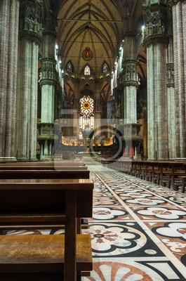Milan.Duomo vue cathedral.Inside