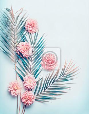 Mise En Page Creative Avec Des Feuilles De Palmiers Tropicaux