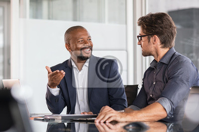 Posters Multiethnic business people in meeting