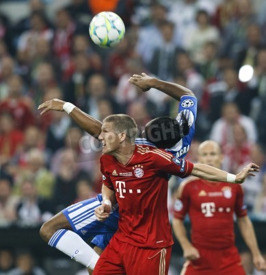 Posters MUNICH, May 19 - Drogba of Chelsea (R) and Schweinsteiger of Bayern during FC Bayern Munich vs. Chelsea FC UEFA Champions League Final game at Allianz Arena on May 19, 2012 in Munich, Germany.