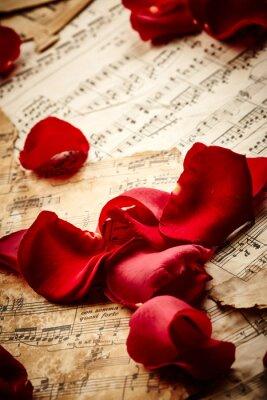 Posters Musique feuilles avec des pétales de rose