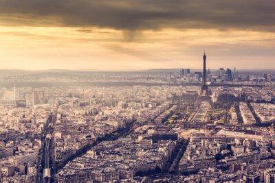 Posters Paris, France ciel au coucher du soleil. Tour Eiffel, romantique, Doré, lumière