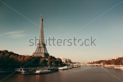 Posters Paris, rivière seine, à, tour eiffel, dans, france