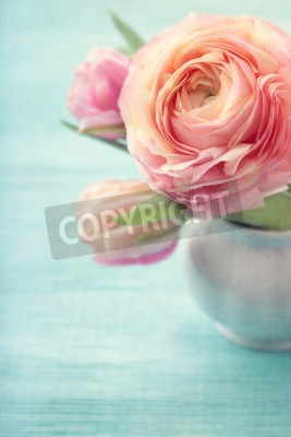 Posters Pink flowers in a vase