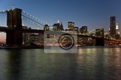 Pont de Brooklyn et Manhattan au crépuscule (New York City)