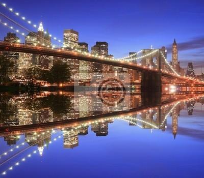 Pont de Brooklyn et Manhattan dans la nuit