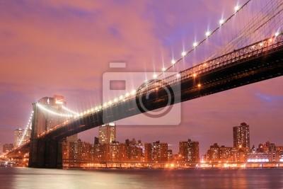 Pont de Brooklyn et Manhattan Skyline At Night