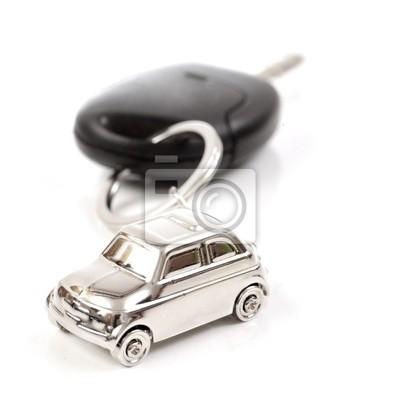 Porte clé en forme de voiture accroche à des clés de voiture
