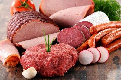 Posters Produits à base de viande assortis, y compris le jambon et les saucisses