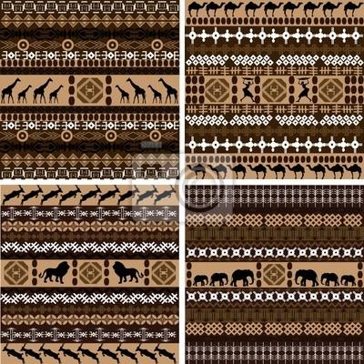 Quatre milieux avec des motifs et des animaux africains