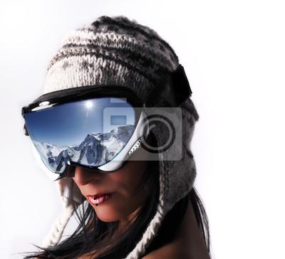 regard de femme aux sports d'hiver