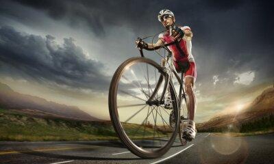 Posters Sport. cycliste sur route.
