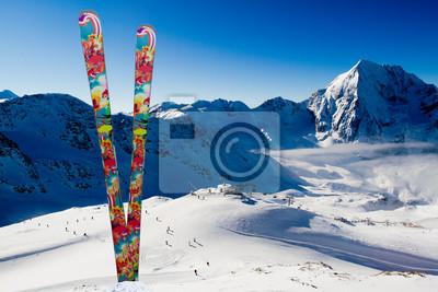 Sports d'hiver - Pistes de ski à Alpes italiennes, l'espace pour le texte