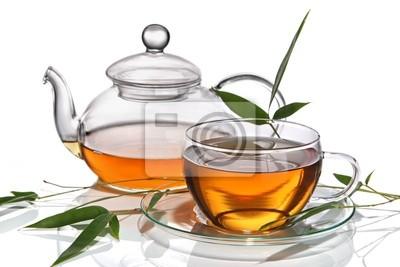 Tasse de thé avec la théière