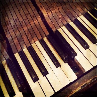 Posters Touches d'un piano antique cassé