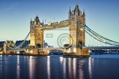 Tower Bridge de nuit.