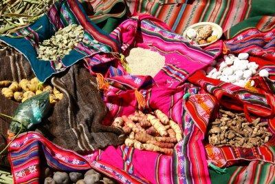 Posters Traditionelles Essen auf den Uros Islands - Titicacasee, Pérou
