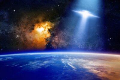Posters Ufo approche de la planète Terre