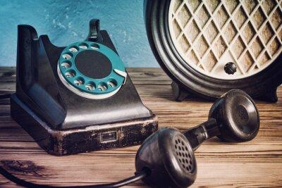 Posters Vendange, téléphone, radio, bois, table