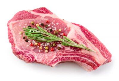 Posters Viande crue fraîche isolé sur fond blanc. Aliments biologiques.
