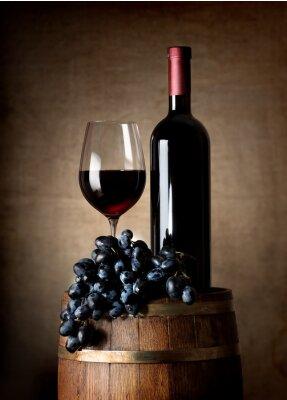 Posters Vin rouge avec le baril et raisins