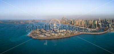 Posters Vue aérienne de la grande roue de l'île Bluewaters à Dubaï, Émirats Arabes Unis