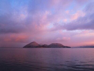 朝日 で ン ク ク ま る る 湖
