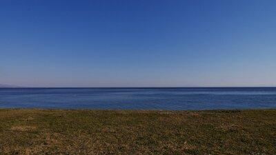 青 空 と 砂 浜