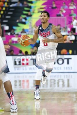Posters Derrick Rose de l'équipe des États-Unis en action au match de basket-ball de la Coupe du Monde FIBA entre les USA et le Mexique, score final 86-63, le 6 septembre 2014, à Barcelone, en Espagne