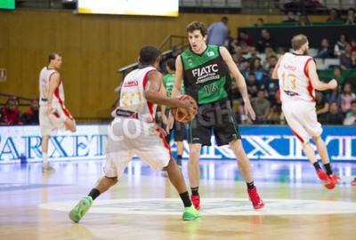 Posters Guillem Vives de Joventut en action lors Ligue Espagnole de Basketball match entre Joventut et Saragosse, le score final de 82 à 57, le 13 Avril 2014, à Badalona, Espagne