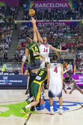 Posters Jonas Valančiūnas et Anthony Davis en action lors du match de basket-ball Coupe du Monde FIBA entre les USA et l'équipe Lituanie, score final 96-68, le 11 Septembre 2014, à Barcelone, Espagne