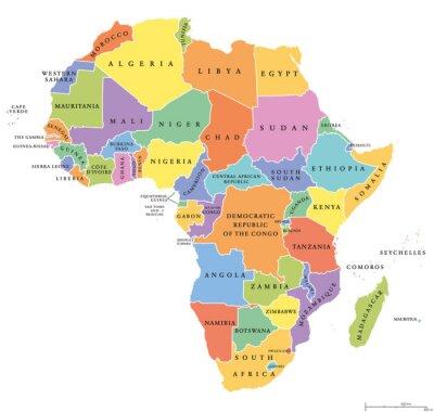 Sticker Afrique unique états politique carte. Chaque pays avec sa propre zone de couleur. Avec les frontières nationales sur fond blanc. Continent, y compris Madagascar et les nations insulaires. Étiquetage a