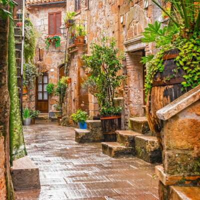 Sticker Alley dans la vieille ville Pitigliano Toscane Italie