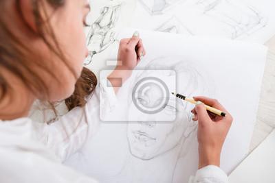 Sticker Artiste, dessin, crayon, portrait, gros plan. Femme, peintre, création, image, femme, grand, whatman. Art, talent, métier, passe-temps, occupation, concept