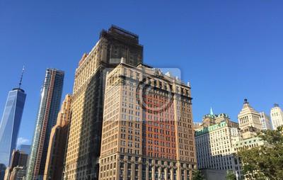Bâtiments de Manhattan avec le ciel bleu, New York