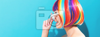 Sticker Belle femme dans une perruque colorée