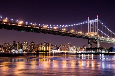 Sticker Belle vue de nuit de New York City et de la 59ème rue Ed Koch Pont regardant à travers à Manhattan.