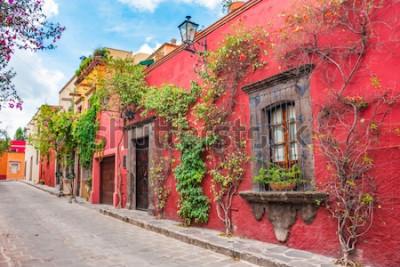 Sticker Belles rues et façades colorées de San Miguel de Allende à Guanajuato, Mexique