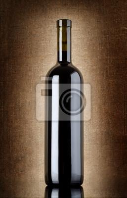 Bouteille de vin sur une toile ancienne