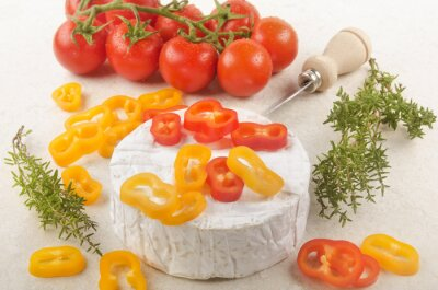 Sticker Camembert au paprika, tomate et thym